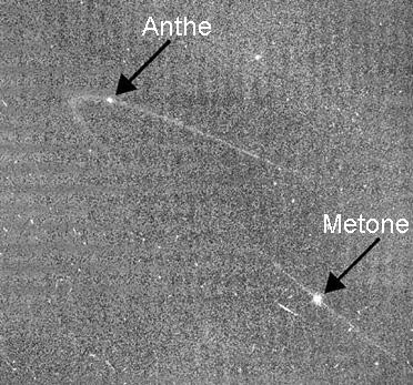 Risultato immagine per satellite di saturno metone